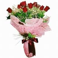 İstanbul yurtiçi ve yurtdışı çiçek siparişi  12 adet kirmizi kalite gül