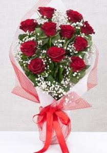 11 kırmızı gülden buket çiçeği  İstanbul çiçek , çiçekçi , çiçekçilik