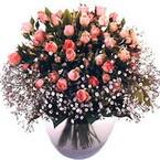 büyük cam fanusta güller   İstanbul 14 şubat sevgililer günü çiçek