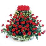 İstanbul çiçekçiler  41 adet kirmizi gülden sepet tanzimi