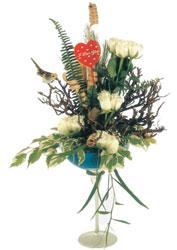 İstanbul uluslararası çiçek gönderme  kadeh içerisinde görsel gül tanzimi