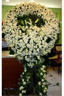 Cenaze çelenk , cenaze çiçekleri , çelengi  İstanbul çiçek online çiçek siparişi