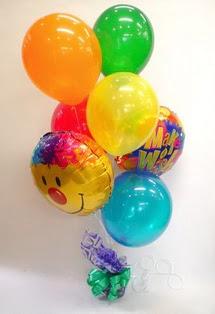 İstanbul cicekciler , cicek siparisi  17 adet uçan balon ve küçük kutuda çikolata