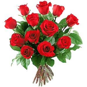 11 adet bakara kirmizi gül buketi  İstanbul internetten çiçek siparişi