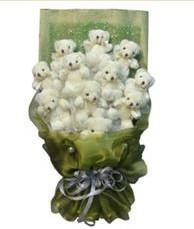 11 adet pelus ayicik buketi  İstanbul çiçek yolla