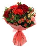 karışık mevsim buketi  İstanbul İnternetten çiçek siparişi