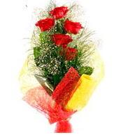 5 li kırmızı gül buketi  İstanbul online çiçekçi , çiçek siparişi