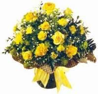 İstanbul çiçek servisi , çiçekçi adresleri  Sari gül karanfil ve kir çiçekleri