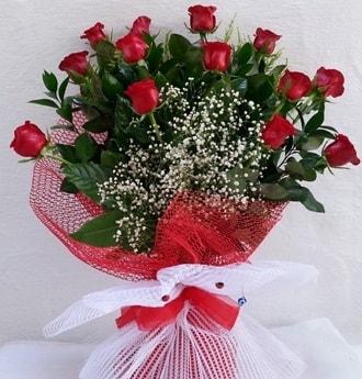 Kız isteme çiçeği buketi 13 adet kırmızı gül  İstanbul cicekciler , cicek siparisi