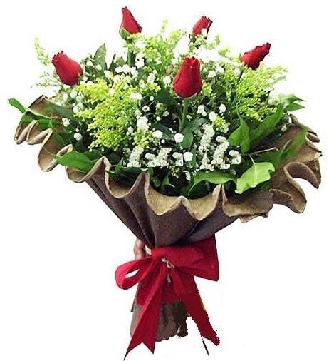 5 adet gülden buket  İstanbul uluslararası çiçek gönderme