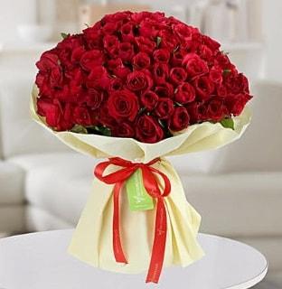 101 adet kırmızı gül buketi koca demet  İstanbul İnternetten çiçek siparişi