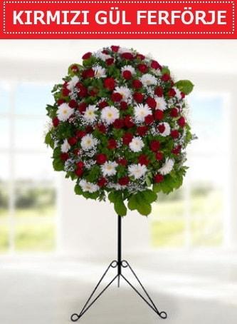 Kırmızı gül ferförje 40 adet gül ve gerbera  İstanbul 14 şubat sevgililer günü çiçek