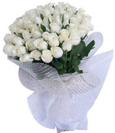 41 adet beyaz gülden kız isteme buketi  İstanbul yurtiçi ve yurtdışı çiçek siparişi